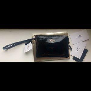 Corner Zip Black Patent Leather Wristlet